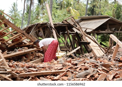 INDONESIA LOMBOK AUGUST 9 2018: Buildings collapse after the Lombok earthquake.