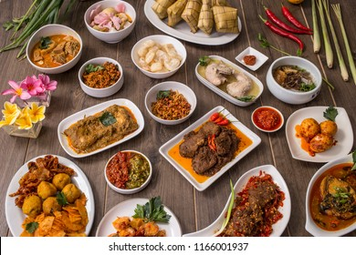 Indonesian famous food - Padang cuisines