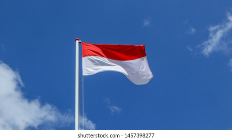 Berkibar Bendera Images Stock Photos Vectors Shutterstock