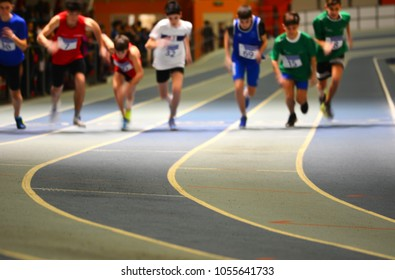 Indoor athletics competition; motion effect; sports wallpapers.