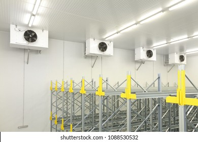 Industrial Air Conditioners Refrigeration Cooling System in Warehouse
