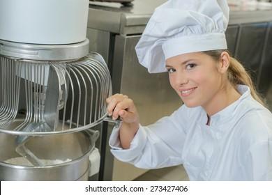 Industrial bakery machine