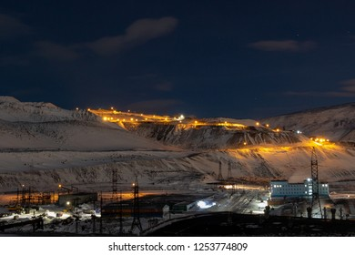 Industrial city at the foot of the mountain, November 23, 2018, Norilsk