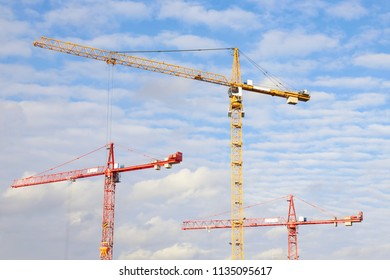 Industrial construction tower cranes
