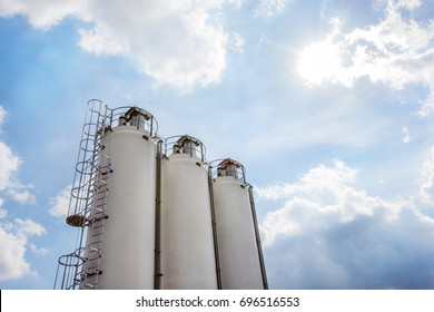 Industrial grain silos for the food industry in the Netherlands
