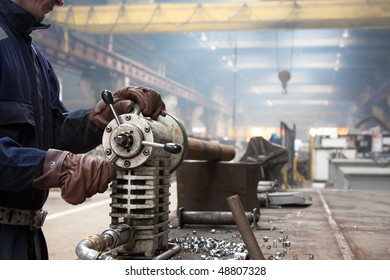 industrial machine for making holes in steel pipes