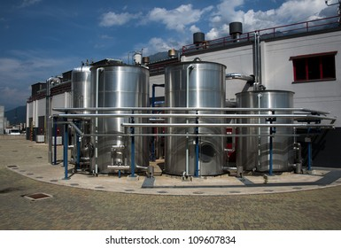 Industrial plant with pipes, tubes and silos