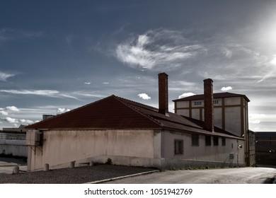 industrial revolution workers bread factory