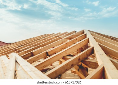 Industrial roof system with wooden timber, beams and shingles
