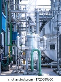 Rohrleitung und Ausrüstung von Industriezonen in Kraftwerken, Niederdruck-Dampferzeuger und Stahlrohrleitungen, kontaminiertes Abscheider für Kraftwerke
