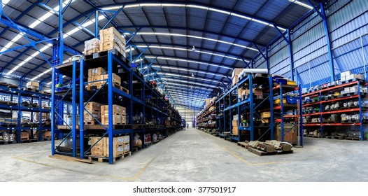 Industrials warehouse for distribution and storage