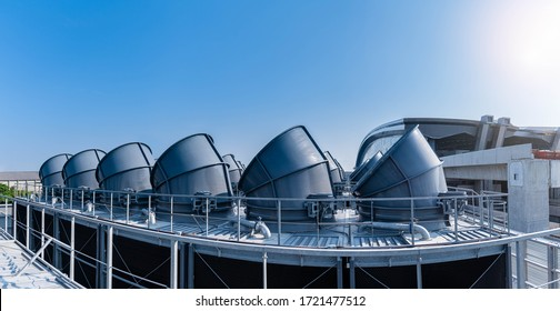 The industry cooling tower air conditioner is water cooling tower air chiller HVAC of large industrial building to control air system.