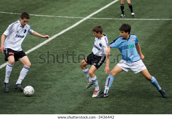 Inernational tournament in Novosibirsk, Russia, 5-9 may 2007. Ajax (Netherland), Olympic (France), Selta (Spain), Legia (Poland), Siberia (Russia). Selta vs. Legia