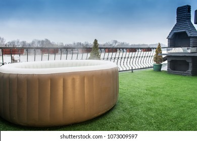 Inflatable hot tub spa outdoor