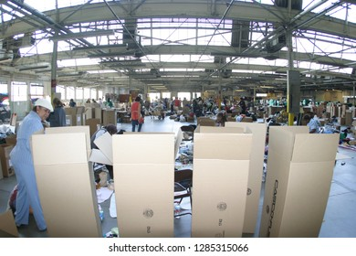 Inglewood, California/USA Sept 2005: Community Volunteers  at the Forum in Inglewood California packing and shipping food/clothing/supplies to victims of Hurricane Katrina.