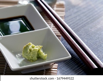 Ingredients for dipping, eaten with salmon, sashimi and shushi, popular Japanese food. Soy sauce called shoyu and wasabi. Enhances the taste of raw fish to be more delicious. Don't eat wasabi too much