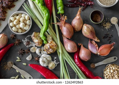 Ingredients for Laksa sarawak paste - vegetables and spices