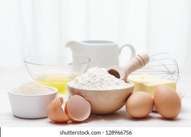 Inhaltsstoffe zur Herstellung eines Kuchens