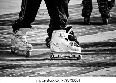 Inline aggressive skates