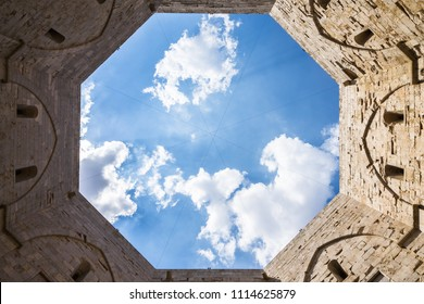 Inner courtyard of Castel del Monte with  its characteristic octagonal shape, Apulia, Italy