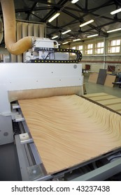 innovation woodworking machinery advanced performance, drilling several surfaces by milling and carving