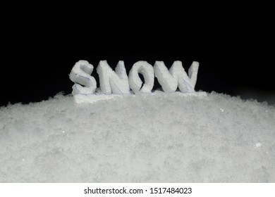 inscription text snow in the snow