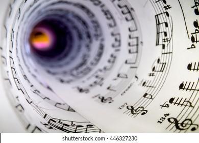 Innen eines Kegels aus einem Musikstück.