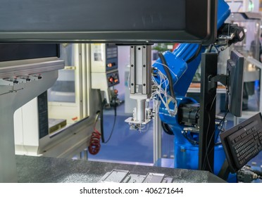 inspection mobile phone part by CMM measuring machine