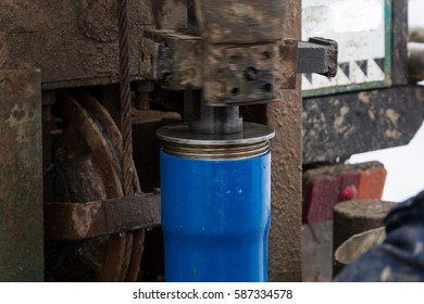 installation of casing pipes during drilling