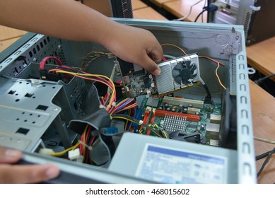 Installing a Graphics Card