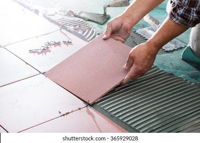 Installing Tiles - Professional Mason