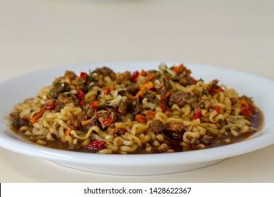 instant yakisoba instant macaroo dish