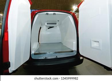 Insulated Fridge Freezer Food Delivery Van Transport