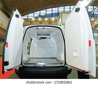 Insulated Fridge Freezer Food Delivery Van Transport Rear Doors