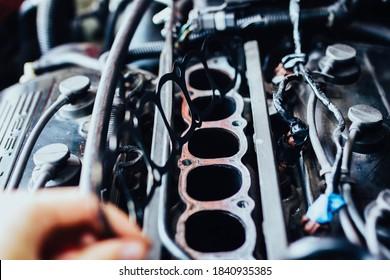 intake manifold gasket for engine with V6 engine