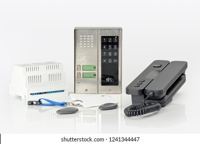 Intercom system, home kit