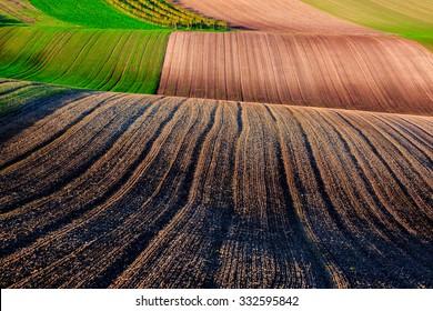 Interesting field pattern