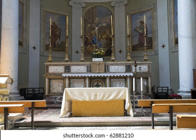 Interior Church. Castiglione del Lago. Umbria.