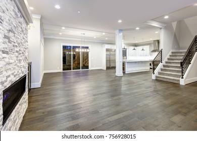 1000+ Hardwood Floor Stock Images, Photos & Vectors ...