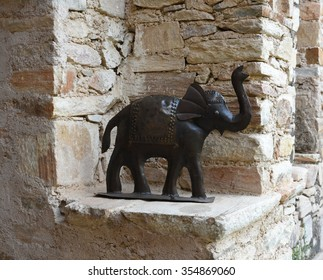 Interior decoration, an elephant made up of iron metal, work of art, an item of country home style decoration