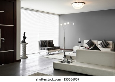 Interior Design: Living room with big empty wall