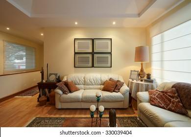 Interior Design: Modern living room