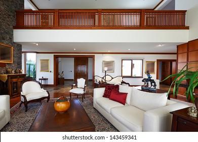 Interior design series: classic living room. BIG HOUSE