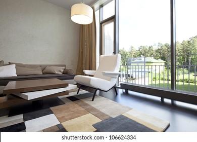 Wohnzimmer mit Inneneinrichtung und Ausblick
