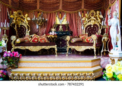 interior luxury royal