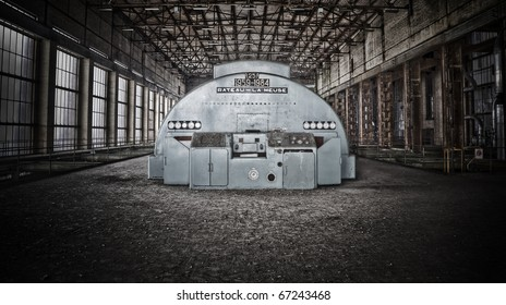 The interior of an old industrial area, tha main hall where the big generator used to do his job