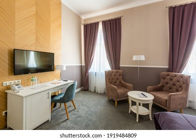 Interior photography, modern hotel room, with twin beds, in modern style