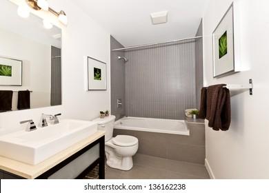Dreier-Innenbadezimmer