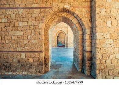 Interior view of the masoned Makkah Gate or Baab Makkah (Bab Makkah), an old city gate at the entrance to the historic town (Al Balad) of Jeddah, Saudi Arabia