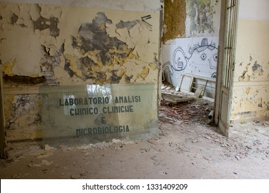 Interiors of Volterra asylum: microbiology & clinical analysis laboratory room. Charcot building of the abandoned psychiatric /mental hospital. Manicomio di Volterra, Tuscany, Italy 18/12/2011.